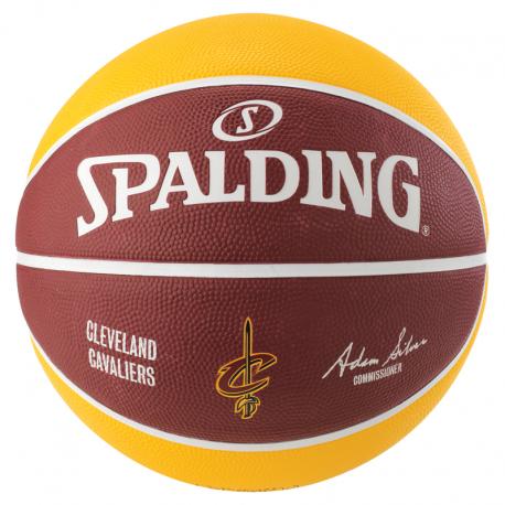 Ballon Spalding des Cleveland Cavaliers arrière