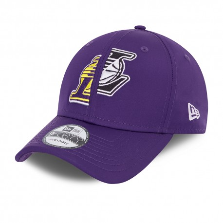 9Forty NewEra Half/Half cap of the Los Angeles Lakers